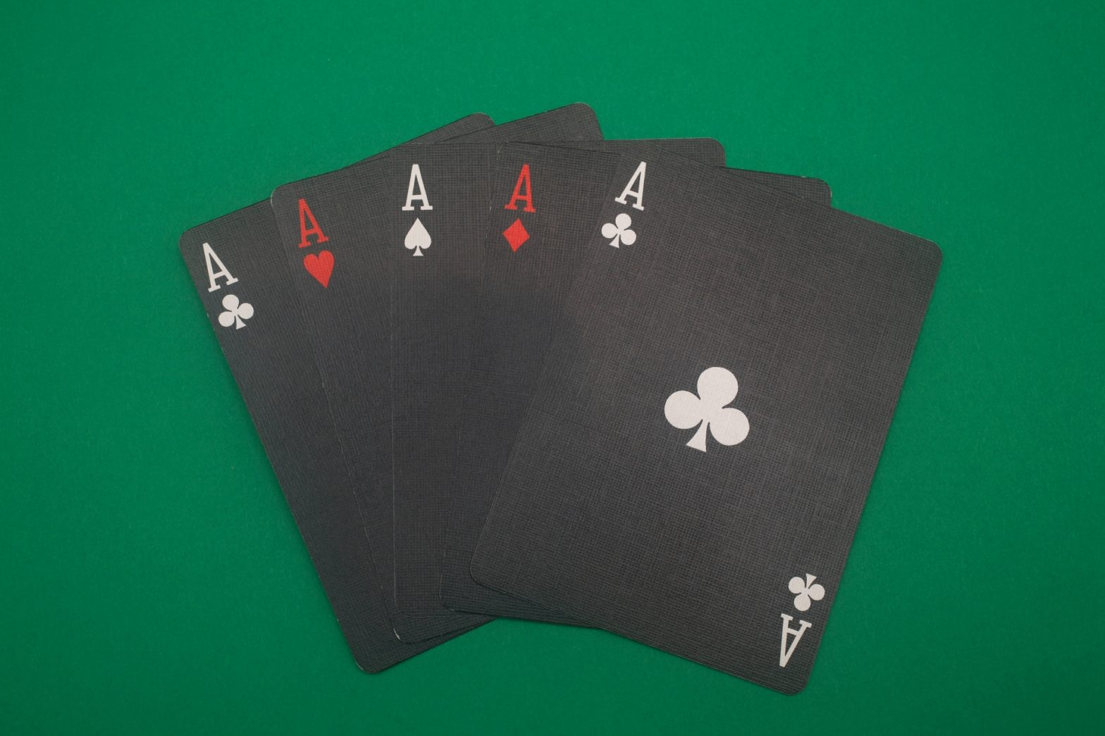 cheating poker hand